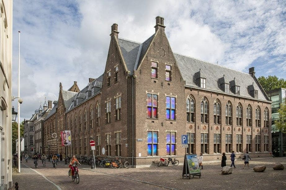 Van Til Alkmaar Slaapbank.Jubileum Slaapbank Martin Visser Gevierd In Centraal Museum