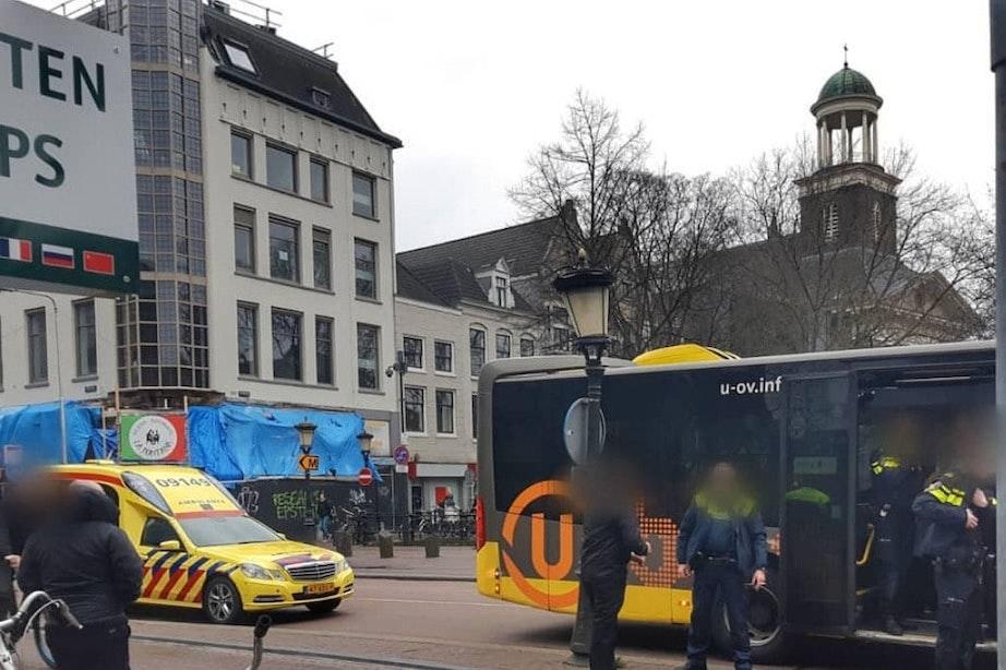 Passagiers lijnbus gewond na noodstop Viebrug