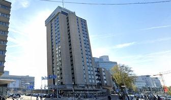 Dode man gevonden in hotel aan Jaarbeursplein in Utrecht
