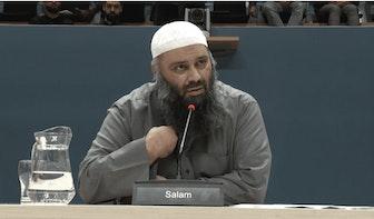 Harde clash tussen imam alFitrah en parlementaire commissie