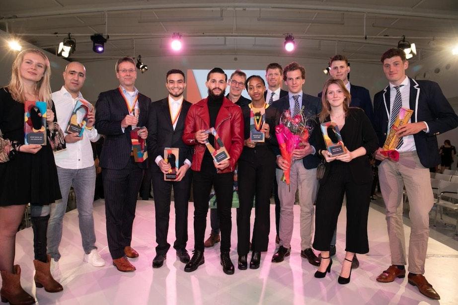 Winnaars Sportprijs Utrecht 2019 krijgen prijzen uitgereikt in Jaarbeurs