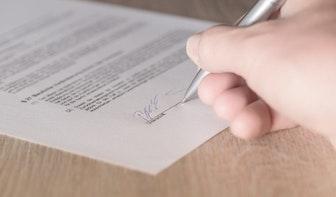 Natte handtekening in Utrecht in de toekomst overbodig bij geboorte kind