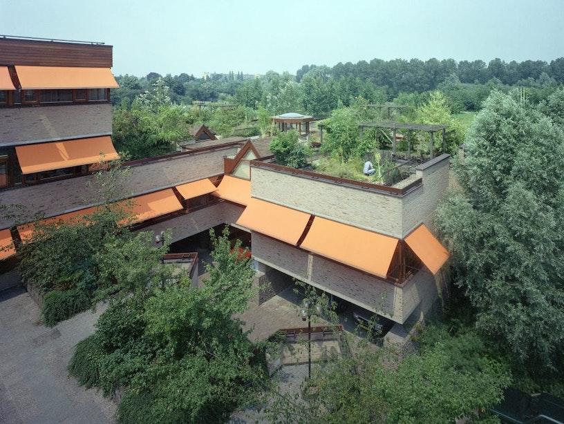 Nieuwe monumenten 1970-2000: Provinciehuis in Rijnsweerd-Noord