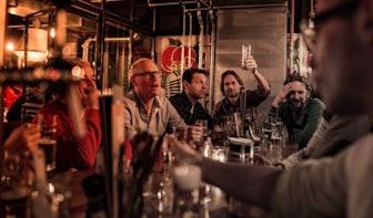 Bier tappen en borrelen bij Beers & Barrels