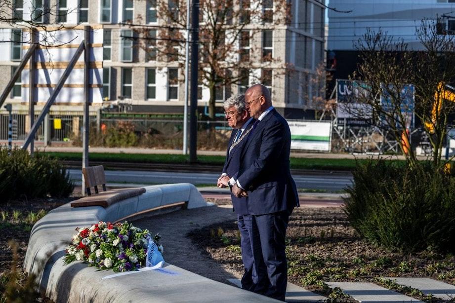 Herdenking tramaanslag in Utrecht: 'Wij vergeten hen nooit'