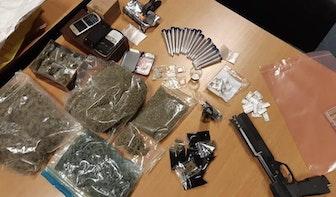 Politie betrapt drugsdealer op heterdaad in De Meern