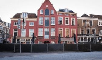 Dronevideo van een stille stad: Utrechters blijven veel thuis