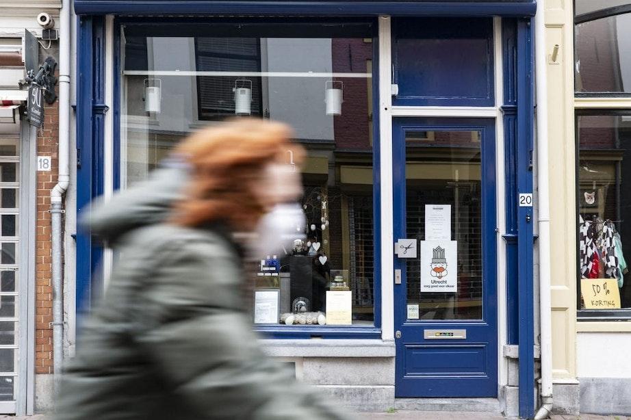 Vijf gratis wegwerpmondkapjes voor Utrechters met laag inkomen; Vakbond FNV niet tevreden