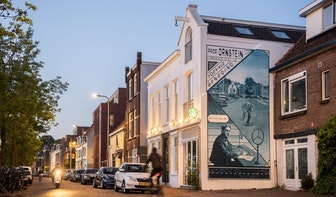 Nieuwe schildering op Oosterkade in Utrechtse serie Muurformules