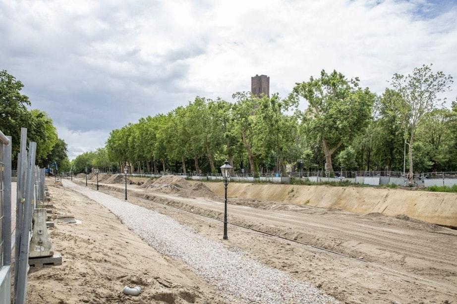 Op dit nieuwe pad kunnen wandelaars binnenkort langs de Utrechtse singel lopen