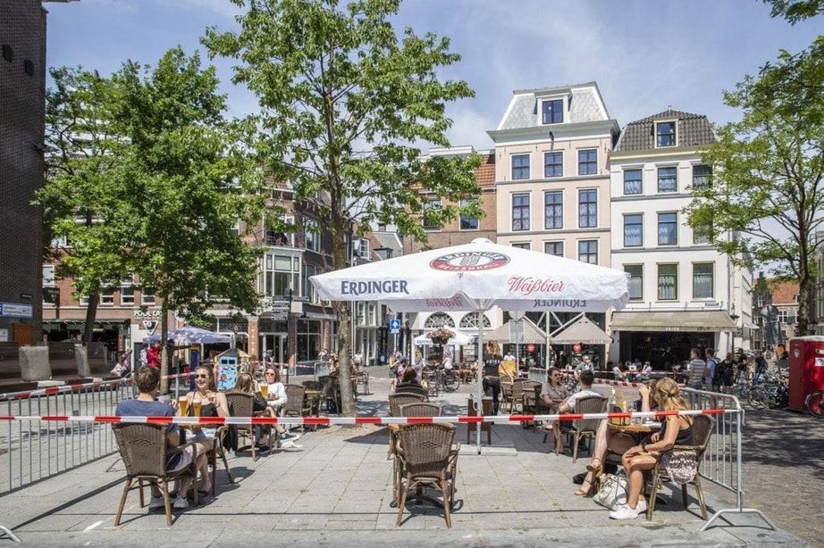 Horeca krijgt meer ruimte in Utrecht: ook satellietterrassen en mobiele bars mogelijk