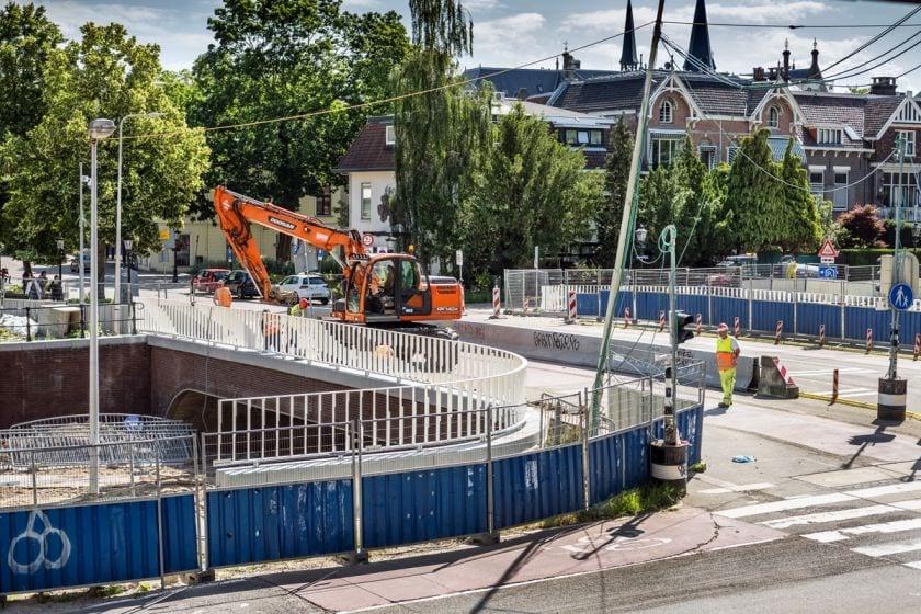 Deze week in de Nederlandse Canon en er wordt gewerkt aan de Utrechtse brug met haar naam: Wie was Marga Klompé?