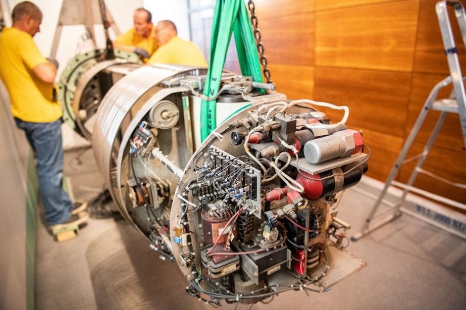 4000 kilo zware Utrechtse deeltjesversneller 3MV is verhuisd