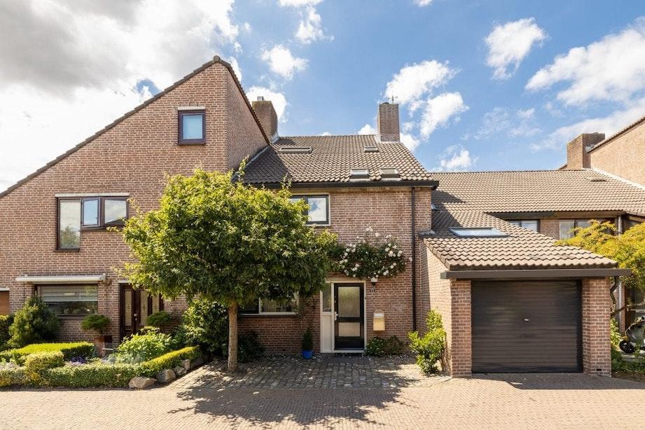 Huis van oud-burgemeester Jan van Zanen te koop voor bijna 8 ton