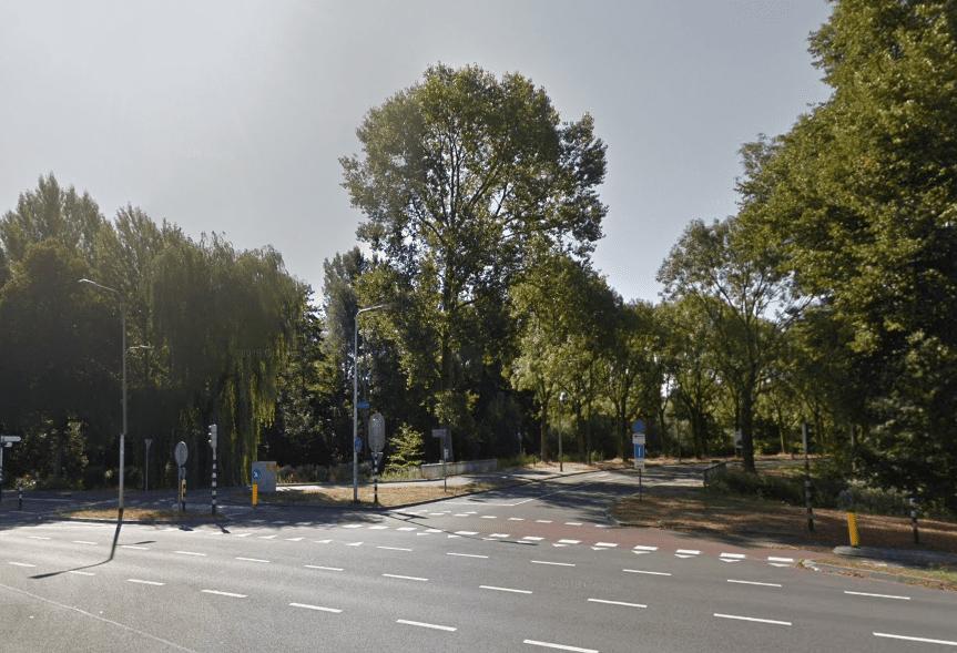 Fietser komt om het leven na ongeluk op de Biltsestraatweg in Utrecht.