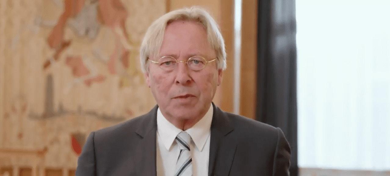 Burgemeester Den Oudsten spreekt Utrechters toe over corona: 'Druk de pauzeknop in'