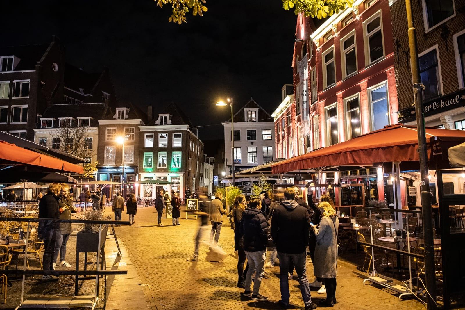Binnenkort weer naar een restaurant? Gemeente Utrecht wil als proef drie horecazaken openen - De Utrechtse Internet Courant