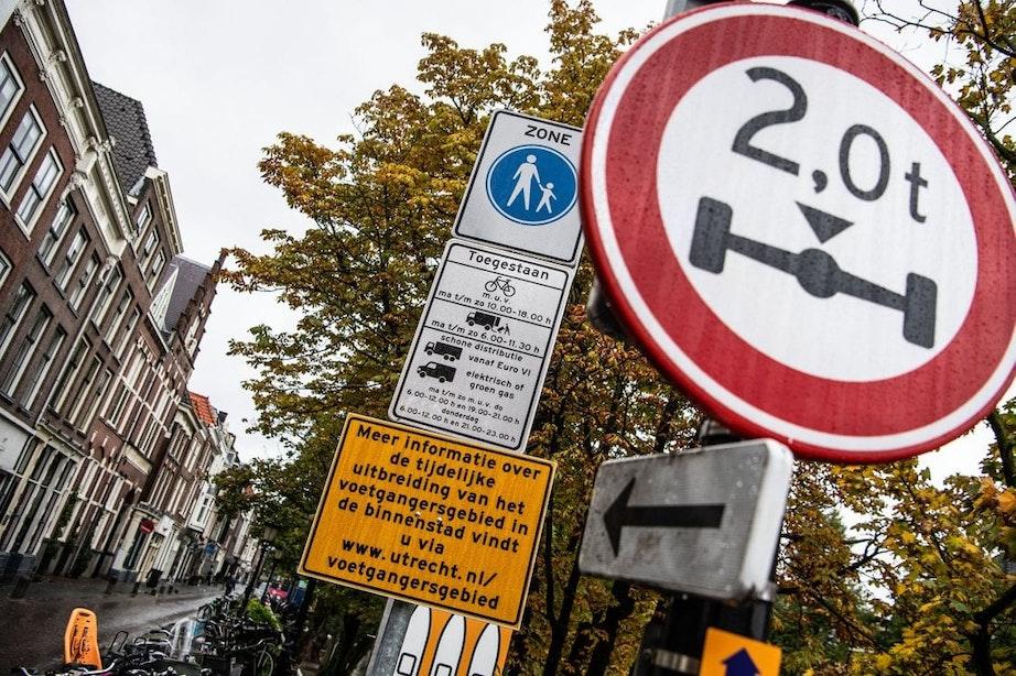 Gemeente Utrecht gaat vanaf 1 mei bekeuringen uitschrijven in het voetgangersgebied