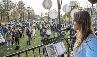 Generation Freedom demonstreert in Utrechts Park Lepelenburg