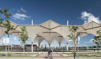 Overkapping busstation Leidsche Rijn Centrum winnaar Rietveldprijs 2020