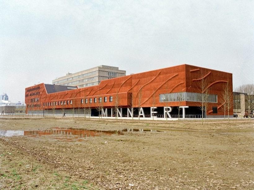 Nieuwe monumenten 1970-2000: Minnaertgebouw aan de Leuvenlaan