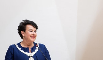 Burgemeester Sharon Dijksma test positief op corona