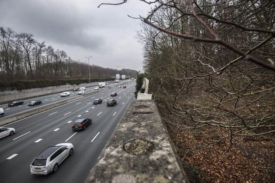 Petitie tegen verbreding snelweg A27 aangeboden aan Tweede Kamer