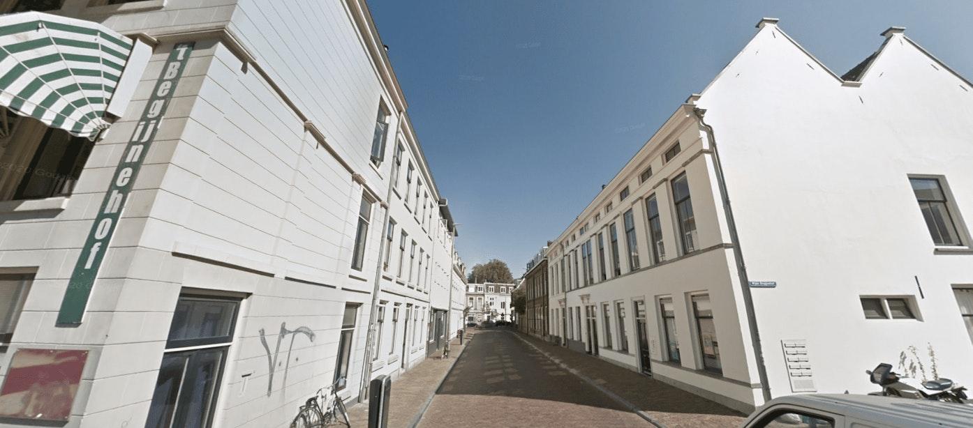 Wijde Begijnestraat in januari maand dicht voor herbestrating