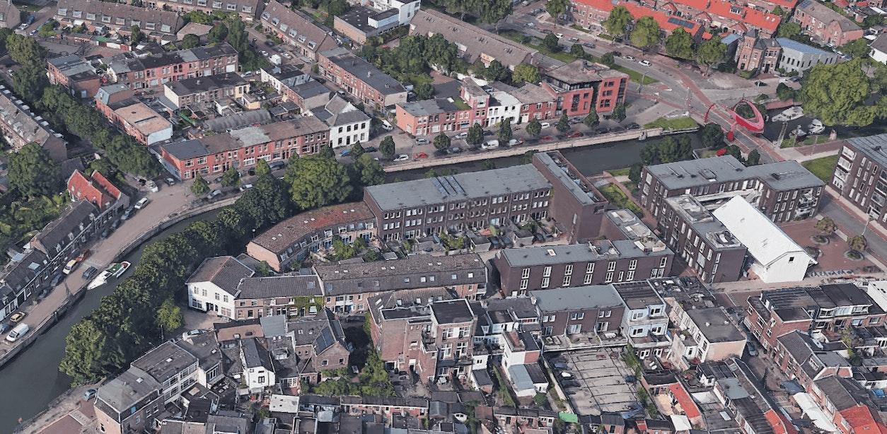 Deel van Utrechtse Vechtkade moet worden vervangen; Per direct verbod op zware voertuigen