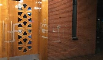 Utrechtse Ulu-moskee en twee synagoges beklad met hakenkruizen
