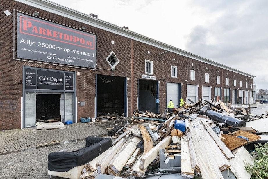 Grote schade door brand in CAB-gebouw in Utrecht, maar precieze omvang nog onduidelijk