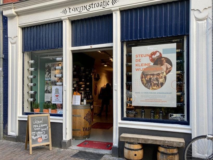 't Wijnstraatje wil kleine wijnboeren steunen: 'Enorme voorraden blijven liggen'
