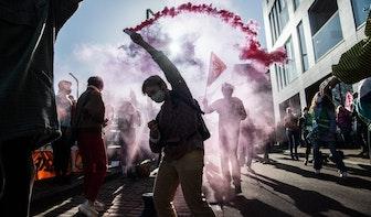 Honderd actievoerders aangehouden bij klimaatprotesten in Utrecht