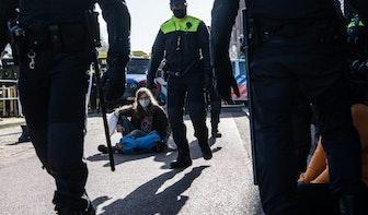 Burgemeester Dijksma verdedigt politieoptreden tegen klimaatactivisten Extinction Rebellion