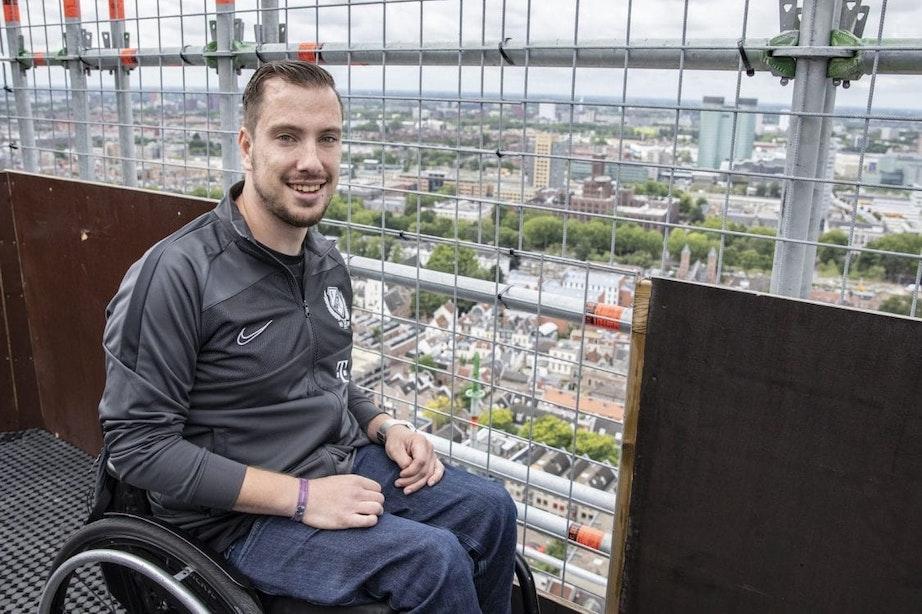 DUIC in 2020 met Thom Stulen, de eerste bezoeker die met de lift naar het topje van Domtoren ging