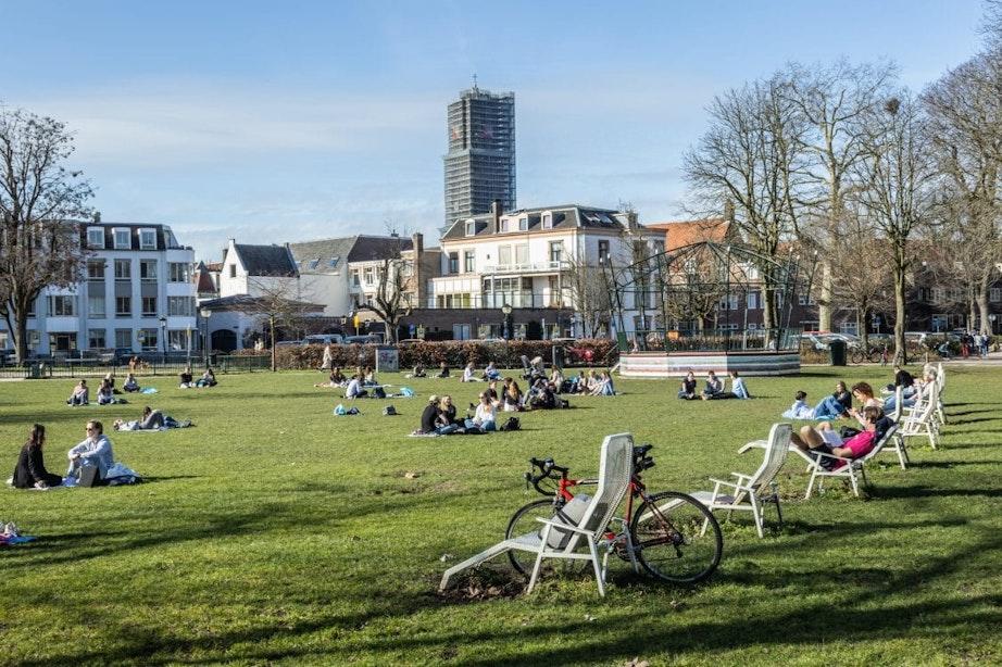 Wanneer zijn de Utrechtse parken te vol en wordt er opgetreden?