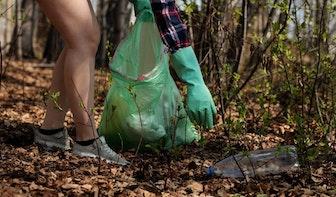 Utrecht geeft weer gratis knijpers aan inwoners die zwerfval willen opruimen