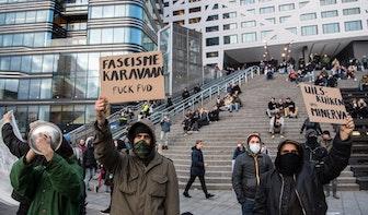 Tientallen actievoerders verstoren campagnebijeenkomst Thierry Baudet in Utrecht