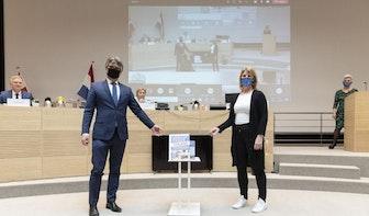 Commissaris van de Koning neemt petitie Ronald McDonald Huis Utrecht in ontvangst