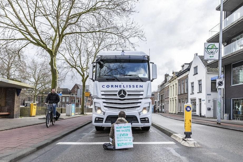 Meerdere arrestaties in Utrecht bij wegblokkades door klimaatactivisten