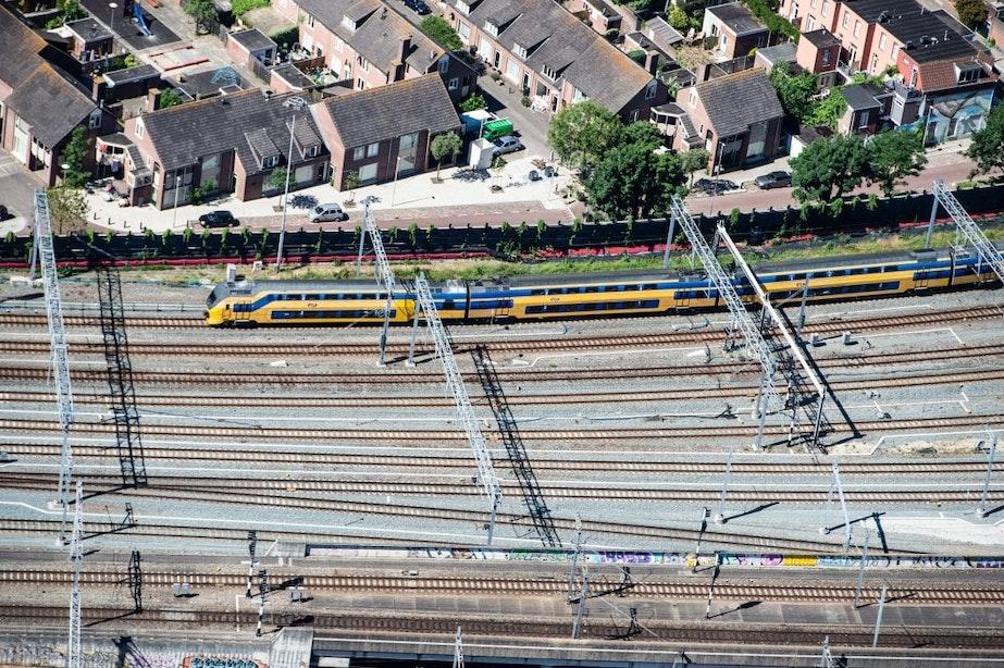 Vier vragen over bouwen boven het spoorgebied in Utrecht