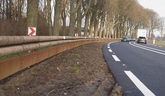 Waterlinieweg in Utrecht krijgt deze maand houten vangrails