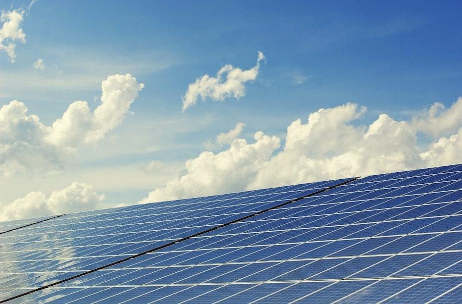 Utrecht krijgt 1,5 kilometer zonnepanelen op geluidswal A12