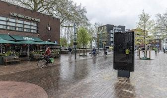 Bewoners Tolsteegbrug verbolgen: 'Je gaat toch geen bushokje opofferen voor een digitale reclamezuil?'