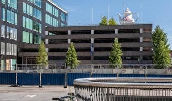 Theepot op parkeergarage bij Hoog Catharijne verplaatst naar voorkant van het dak