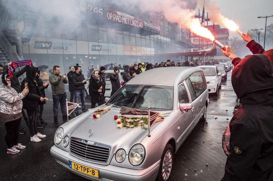 Indrukwekkend afscheid voor FC Utrecht-icoon Ad van der Voort