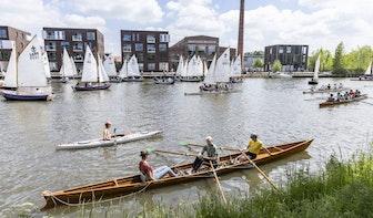 Groot protest op Merwedekanaal in Utrecht tegen de komst van zes nieuwe bruggen
