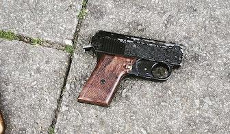 Politie houdt minderjarige jongen aan met nepwapen in Utrecht-Zuid