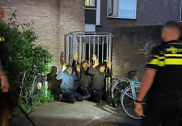 Politiehond jaagt drie mogelijke inbrekers in Utrecht stuipen op het lijf