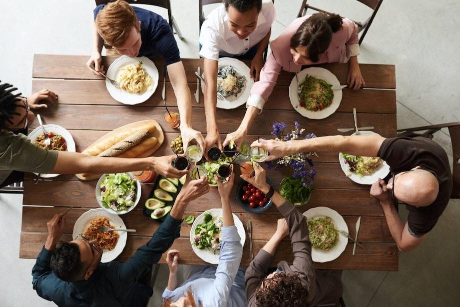 Een geslaagd etentje bij je thuis
